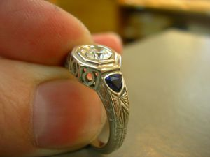 Antique ring2
